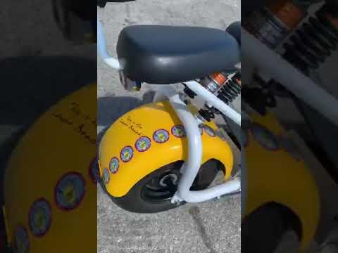 City Coco Greece (presentation of Lemon Scooter)