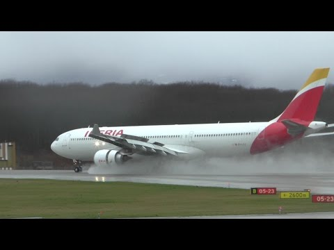 [HD] Spotting at Geneva Airport on a rainy day, with interesting traffic! - 14/02/2016