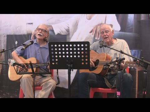 Bill Cliff and Ted Judson Concert from Meherabad in Full Hig