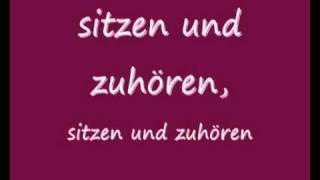 Mad World (Mit deutscher Übersetzung)(Ich habe Mad World von Gary Jules ins deutsche übersetzt. ich hoffe es gefällt euch! (xfrances94x ist übrigens mein alter Account - nur um Missverständnisse zu ..., 2010-11-23T12:55:28.000Z)