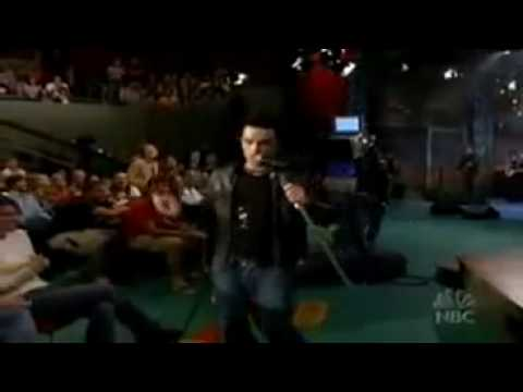 Robbie Williams - FEEL - live on Tv show NBC