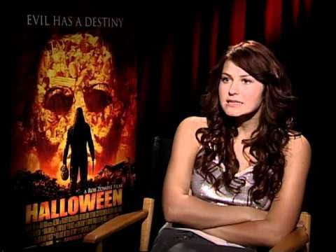 Halloween  Exclusive: Scout TaylorCompton
