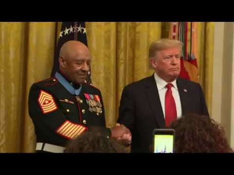 Retired Vietnam Marine receives Medal of Honor