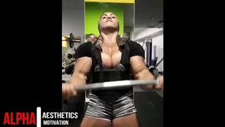 Rusiyanin En Kaslı Kadın Vücut Geliştiricisi (ona hulk diyorlar)