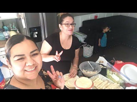 Haciendo Tacos con Paty Cakes y Más