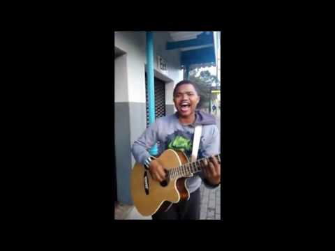 "Talented Singer at Metrorail train station singing ""I Know I am Not the Only One - Sam Smith"""