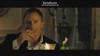 007カジノロワイヤルアストンマーチン横転シーン