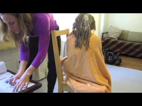 How to Remove Lice and Nits with Conditioner and a Comb