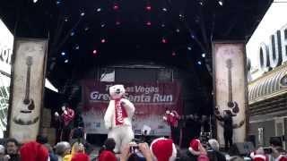 Jabbawockeez perform at The Las Vegas Santa Run 2013