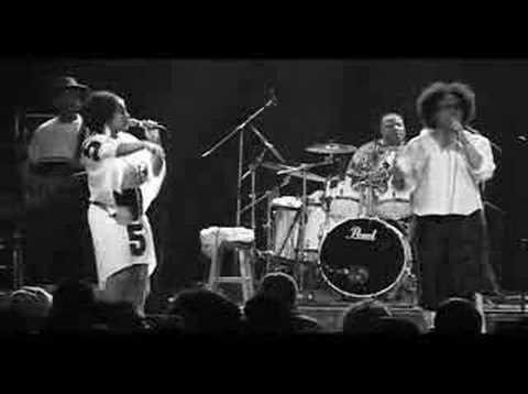 "Kindred The Family Soul (feat. Jazmine Sullivan) ""I Am"