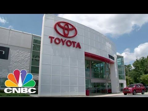 Toyota Moves Into Silicon Valley With $1 Billion Investment: Bottom Line | CNBC