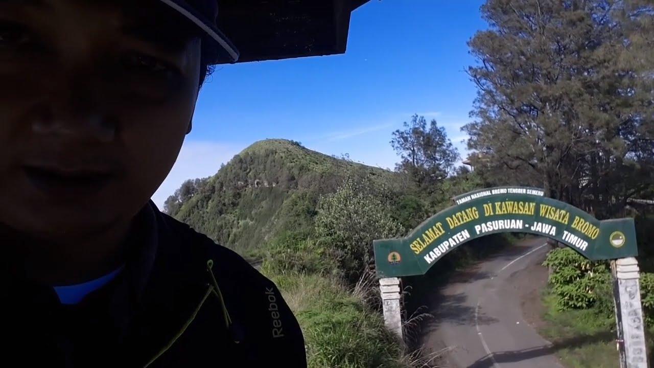Vlog6 Wisata Ke Gunung Bromo Sewa Jeep Matahari Terbit Gunung Batok Bukit Cinta Semeru Tengger Youtube