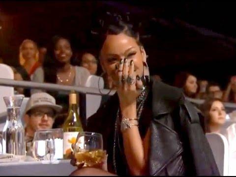 Rihanna Laughs Ariana Grande At IHeartRadio Awards 2014 Performance