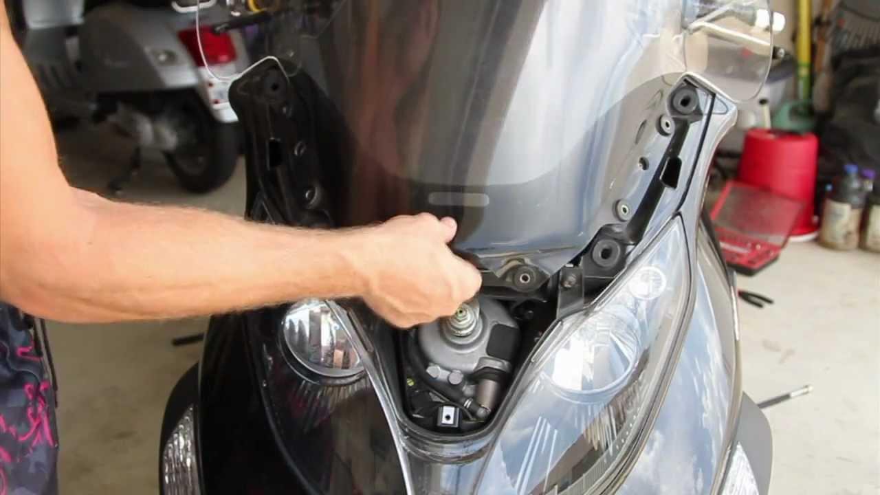 Piaggio mp3 windshield removal youtube