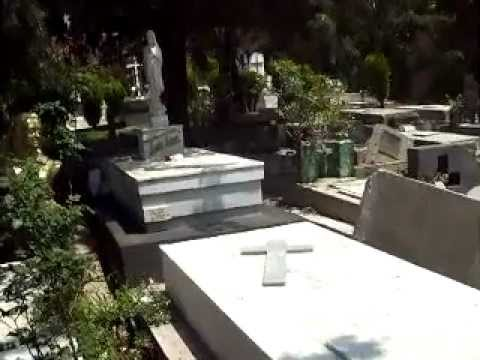Javier solis tin tan panteon jardin mexico youtube for Cementerio jardin