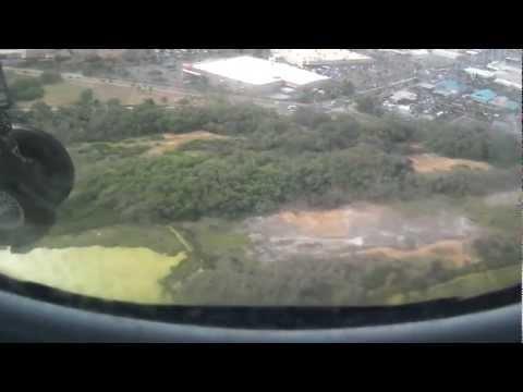 Island Air Dash 8 Landing Maui