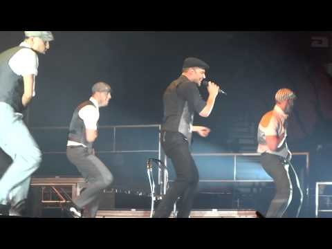 Ricky Martin Loaded  All Phones Arena Sydney 181013
