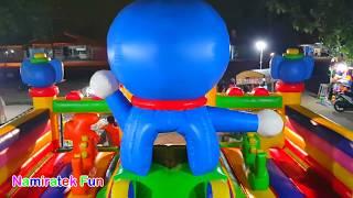 #2 bermain di Istana Balon Doraemon Odong-odong Mainan Anak banyak teman Kids Pool Fun Baloon Castle