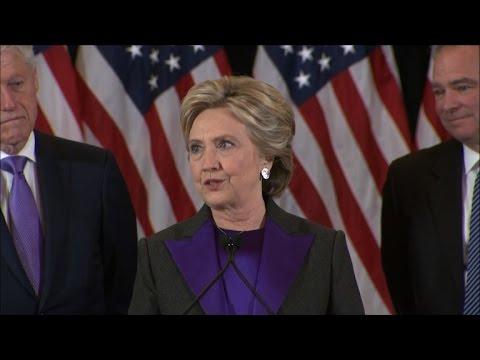 Clinton s'exprime pour la première fois après sa défaite