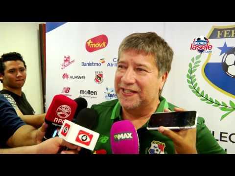 Hernán Darío Gómez adelantó que Richard Dixon no será de la partida ante Costa Rica