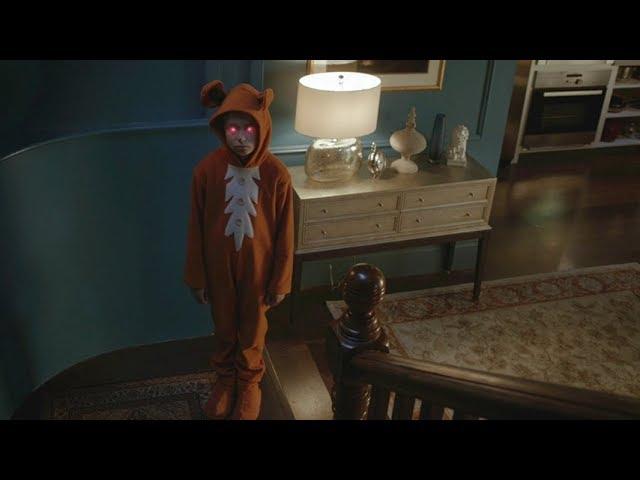 【宇哥】小保姆每天装鬼吓唬小孩,真鬼看不下去了《猎奇怪谈:烛台》