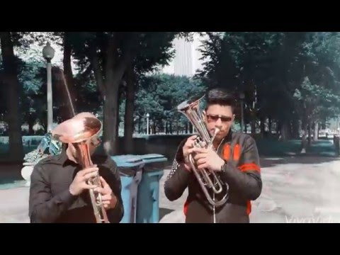 Improvisando en la ciudad de los vientos! - Banda La Enkantadora (Karembe)