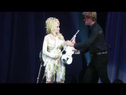 Dolly Parton - Rocky Top (Greensboro)