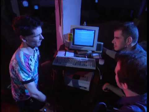 The internet and the beginning of the online music revolution 1996