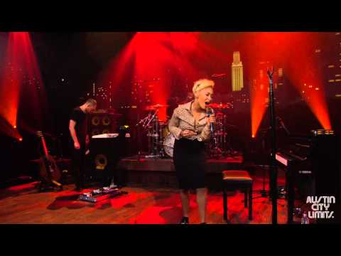 "Austin City Limits Web Exclusive: Emeli Sandé ""Lifted"""