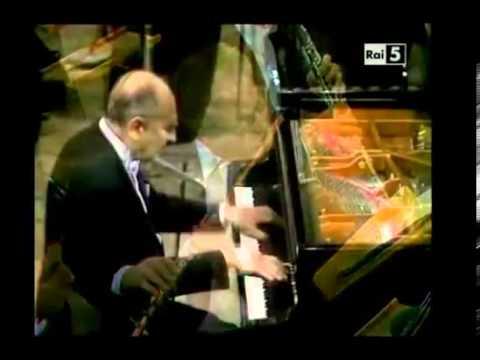 Rachmaninov  Piano Concerto n 1   Nikita Magaloff