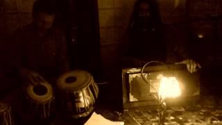 ARJUN BABA & JASON KALIDAS: Mustt mustt (Live in Vienna private house concert- HM&JW, 170412)