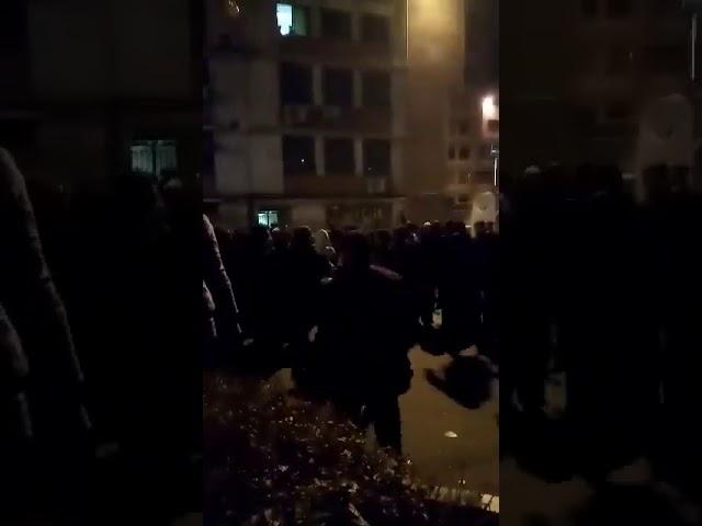 Affrontement mardi soir entre les étudiants et la milice à l'université Polytechnique à Téhéran