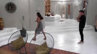 Stephanie freakar ut när Mattias håller på med Bettina   Paradise Hotel