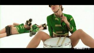 Alex Gaudino feat. Crystal Waters - Destination Calabria [Explicit Version]