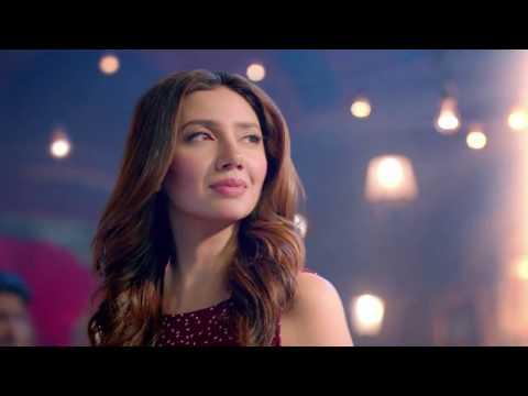 Mahira Khan at  Emporium Mall Lahore HD 1080