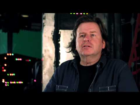Simon West 'The Expendables 2' Interview! [HD]
