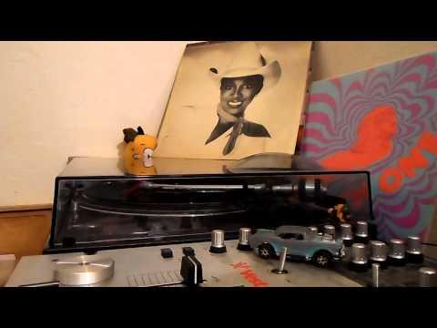 DEBRA LAWS   Very Special   ELEKTRA RECORDS   1981