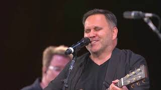 10,000 Reasons ( Live at the Sing! 2018) - Matt Redman