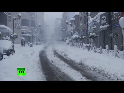 Chilling video: Severe snow storm hits Mideast