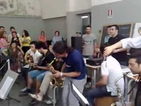 E' LA MUSICA LA VITA MIA!!!