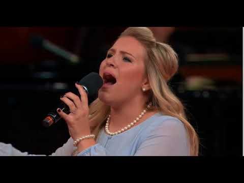 "Grace Brumley ""Lord God of Abraham Medley"""