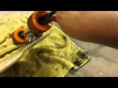 How to clean and lube your longboard wheels and bearings