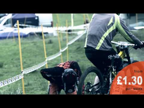 totally-sports-insurance-speak-with-riders-at-downhill-event-june-2015