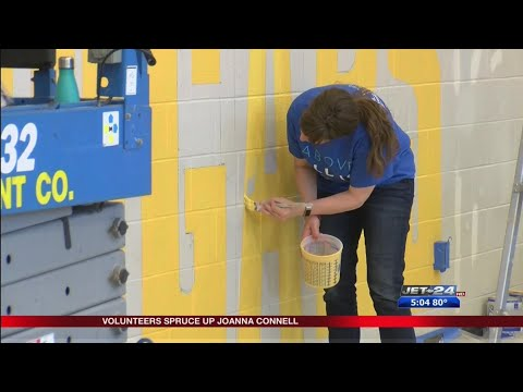 Volunteers work to spruce up Joanna Connell School