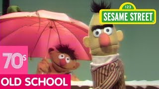 Sesame Street: Ernie Shows Bert How to Plan for a Bath