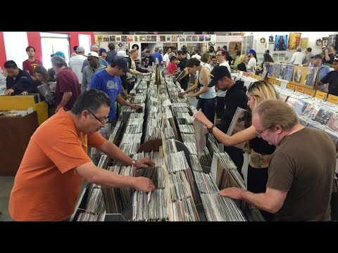 RECORD STORE DAY 2016 at Record Surplus, Los Angeles