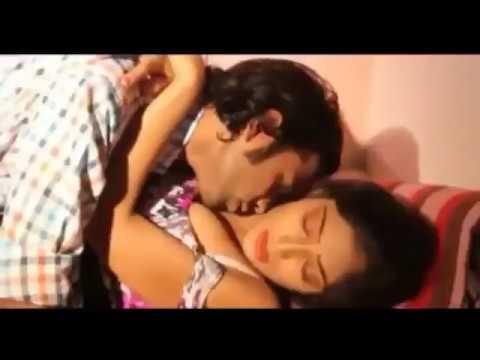 Very hot bhabhi kissing seen thumbnail