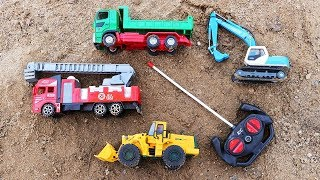 Excavator, Truck, Cars & Dump Trucks Construction Toy Vehicles for Kids.