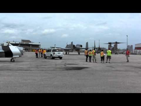 Fairchild Republic A-10 Warthog @ CYYZ 3/3