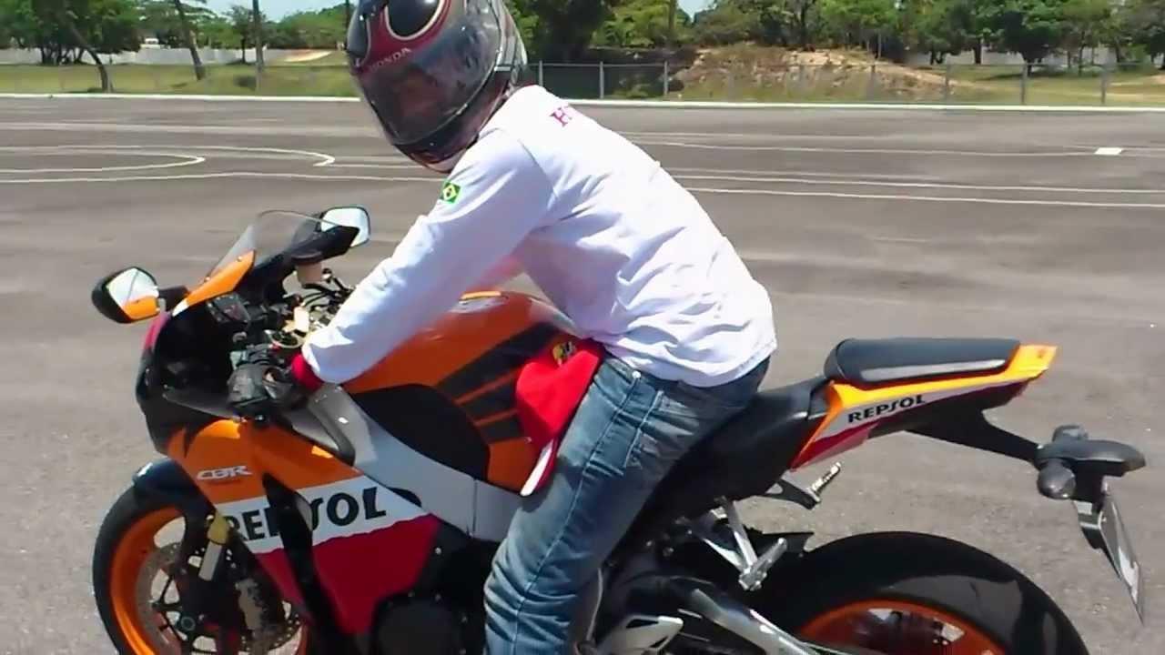 Test Ride Cbr 1000rr Fireblade Repsol Youtube